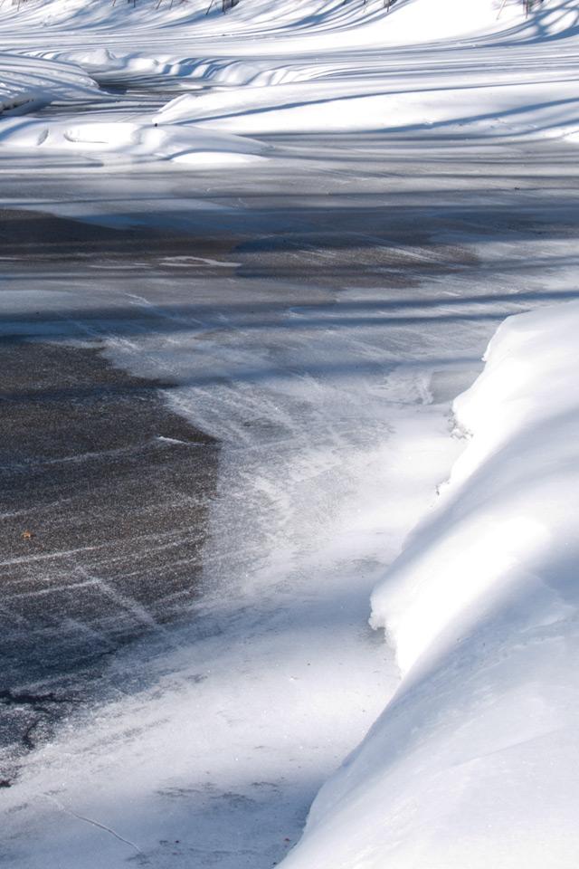 川の雪と氷の景色 スマートフォン無料壁紙 640 960 Iphone向け